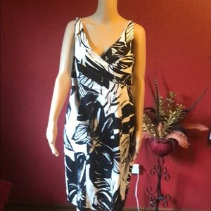 Size 14 Jones New York sleeveless Dress